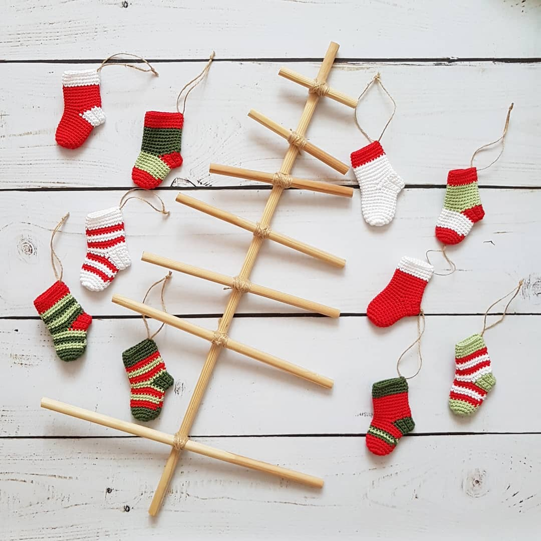 20-diy-christmas-ornaments-for-a-truly